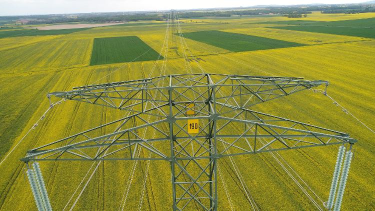 Linia 400 kV Mikułowa–Czarna